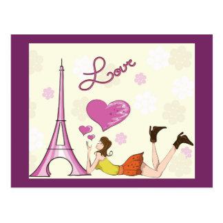 EIFFEL TOWER LOVE POSTCARD