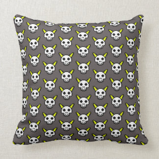 Eight Bit Horned Skull Gray TP Throw Pillow
