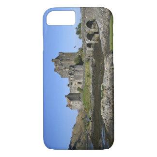 Eilean Donan Castle, Scotland. The famous Eilean 2 iPhone 8/7 Case