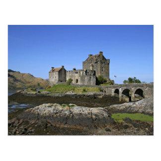 Eilean Donan Castle, Scotland. The famous Eilean 2 Post Card
