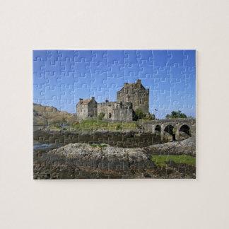 Eilean Donan Castle, Scotland. The famous Eilean 2 Puzzle