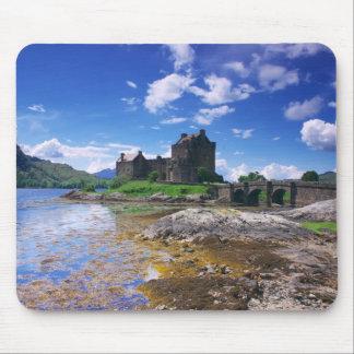 Eilen Donan Castle Mouse Pad