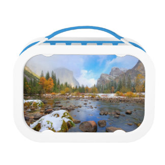 El Capitan and Three Brothers Lunchbox