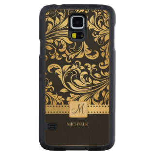 Eleagant black and gold damask pattern w/ monogram carved® maple galaxy s5 slim case