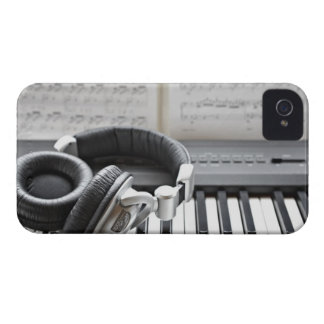 Electric Piano Keyboard iPhone 4 Case-Mate Case