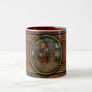 Electrician - Electrical Engineering course 1915 Two-Tone Mug