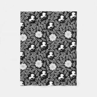 Elegant Baby Girl Black and White Unicorn Pattern Fleece Blanket