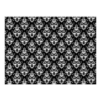 Elegant Black and White Damask Pattern Print