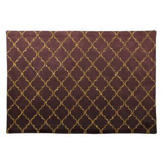Elegant Burgundy Gold Quatrefoil Glitter Print Placemat