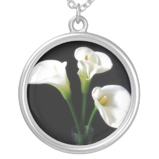 Elegant Calla Lily Flowers 10 Silver Plated Necklace