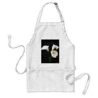 Elegant Calla Lily Flowers 12 Standard Apron