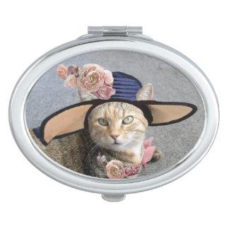 ELEGANT CAT WITH BIG DIVA HAT AND PINK ROSES VANITY MIRRORS