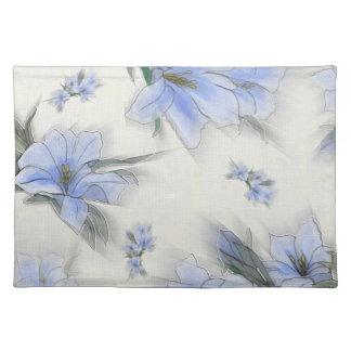 Elegant Floral Pattern Placemat