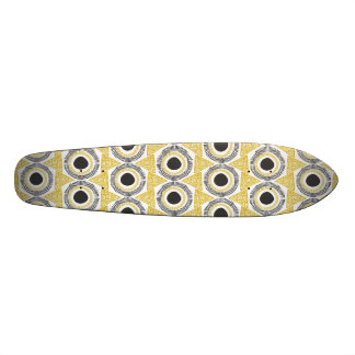 Elegant Gold Ornate Triangle & Circle Pattern Custom Skate Board