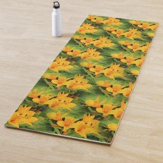 Elegant Lily of the Incas / Yellow Alstroemeria Yoga Mat