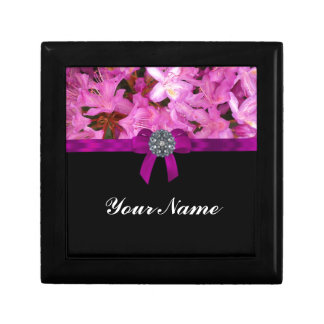 Elegant pink flower & bow small square gift box