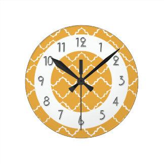 Elegant Quatrefoil Pattern - Gold White Wallclock