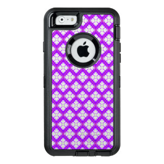 Elegant retro pattern inspired by quatrefoil OtterBox defender iPhone case