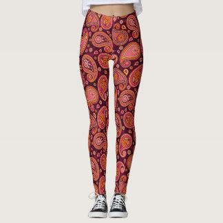 Elegant vintage paisley pattern leggings