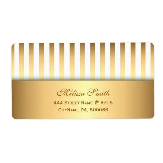 Elegant White and Gold Stripes Pattern