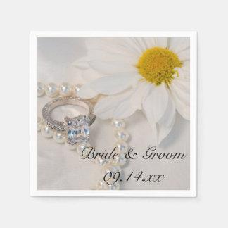 Elegant White Daisy Wedding Disposable Serviettes