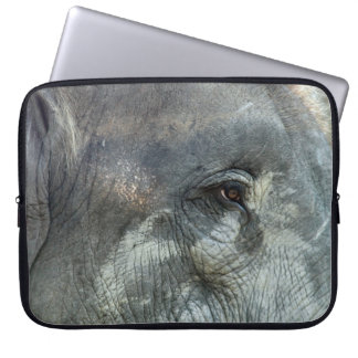 ELEPHANT EYE LAPTOP SLEEVE