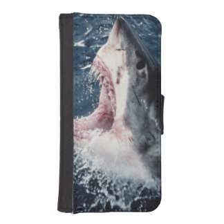 Elevated Shark mouth open iPhone SE/5/5s Wallet Case