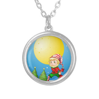 Elf Round Pendant Necklace