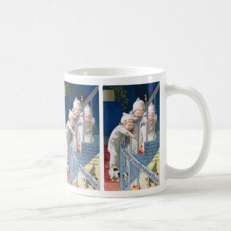 Ellen H. Clapsaddle: Christmas Cheer Basic White Mug