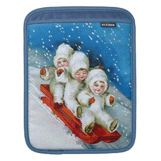 Ellen H. Clapsaddle: Winter Kids on Sledge Sleeves For iPads