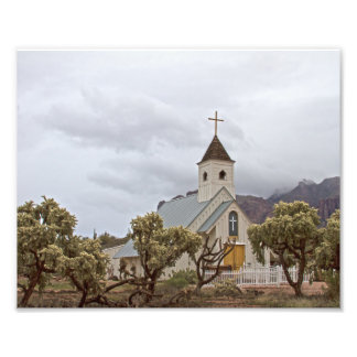Elvis church at the Superstition mountains. Photo Art