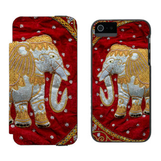 Embellished Indian Elephant Red and Gold Incipio Watson™ iPhone 5 Wallet Case
