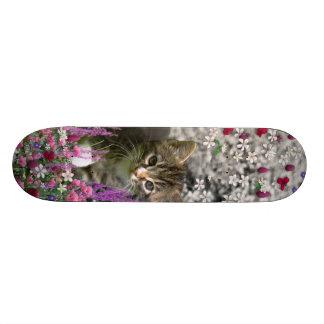Emma in Flowers I – Little Gray Kitty Cat 21.3 Cm Mini Skateboard Deck