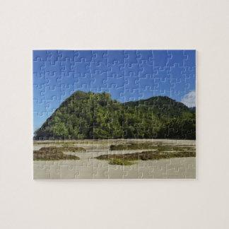 Emmagen Beach, Daintree National Park (UNESCO 2 Jigsaw Puzzle