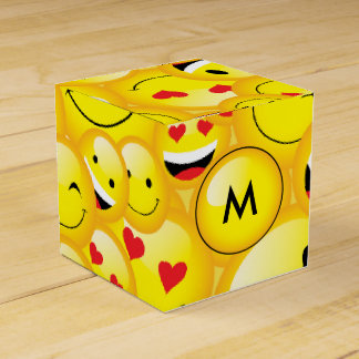 Emoji Party Smiley Emoticon Faces Pattern Party Favour Box