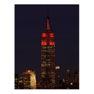 Empire State Building all in red Postcard