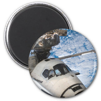 Endevour space shuttle 6 cm round magnet