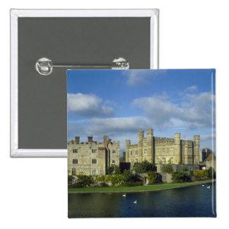 England, Kent, Leeds Castle 15 Cm Square Badge