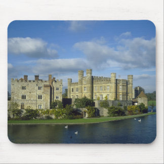 England, Kent, Leeds Castle Mouse Mat