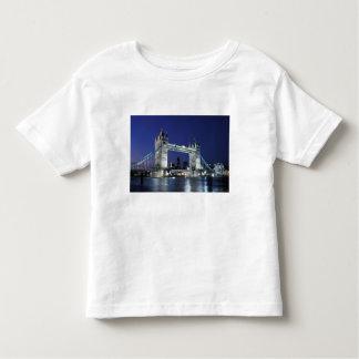 England, London, Tower Bridge 3 T-shirt