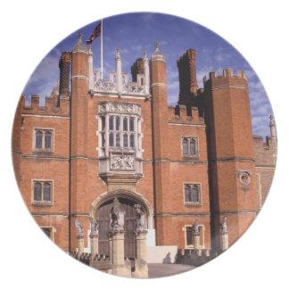 England, Surrey, Hampton Court Palace. 3 Plate
