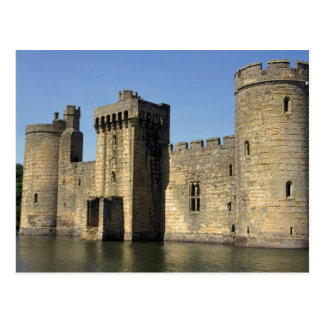 England, Sussex, Bodiam Castle. Postcard