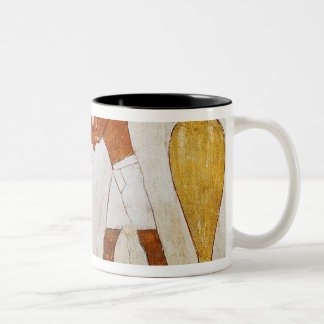 Engraving and polishing vases in gold and Two-Tone coffee mug