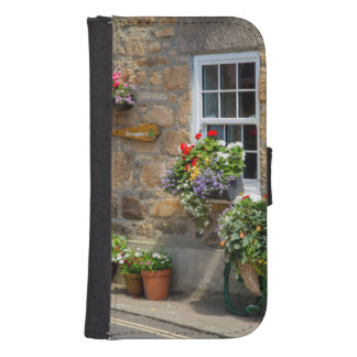 Entrance to Smugglers Bed and Breakfast Samsung S4 Wallet Case