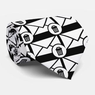 Envelope Trashes Minimal Tie