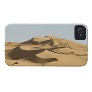 Erg Awbari, Sahara desert, Fezzan, Libya. 4 iPhone 4 Case-Mate Case