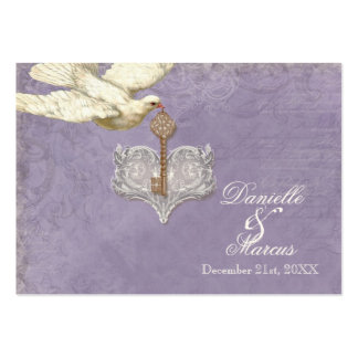 Escort Table Seating Card, Key to my Heart, Doves Pack Of Chubby Business Cards