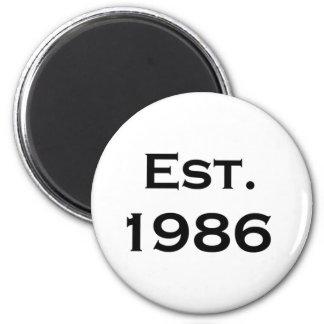 established 1986 6 cm round magnet