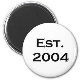 established 2004 6 cm round magnet