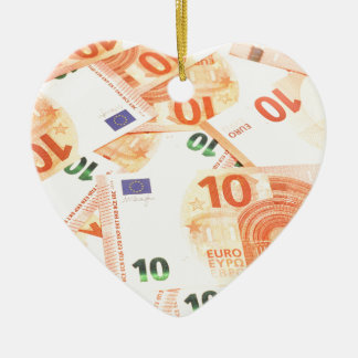 Euro background ceramic heart decoration
